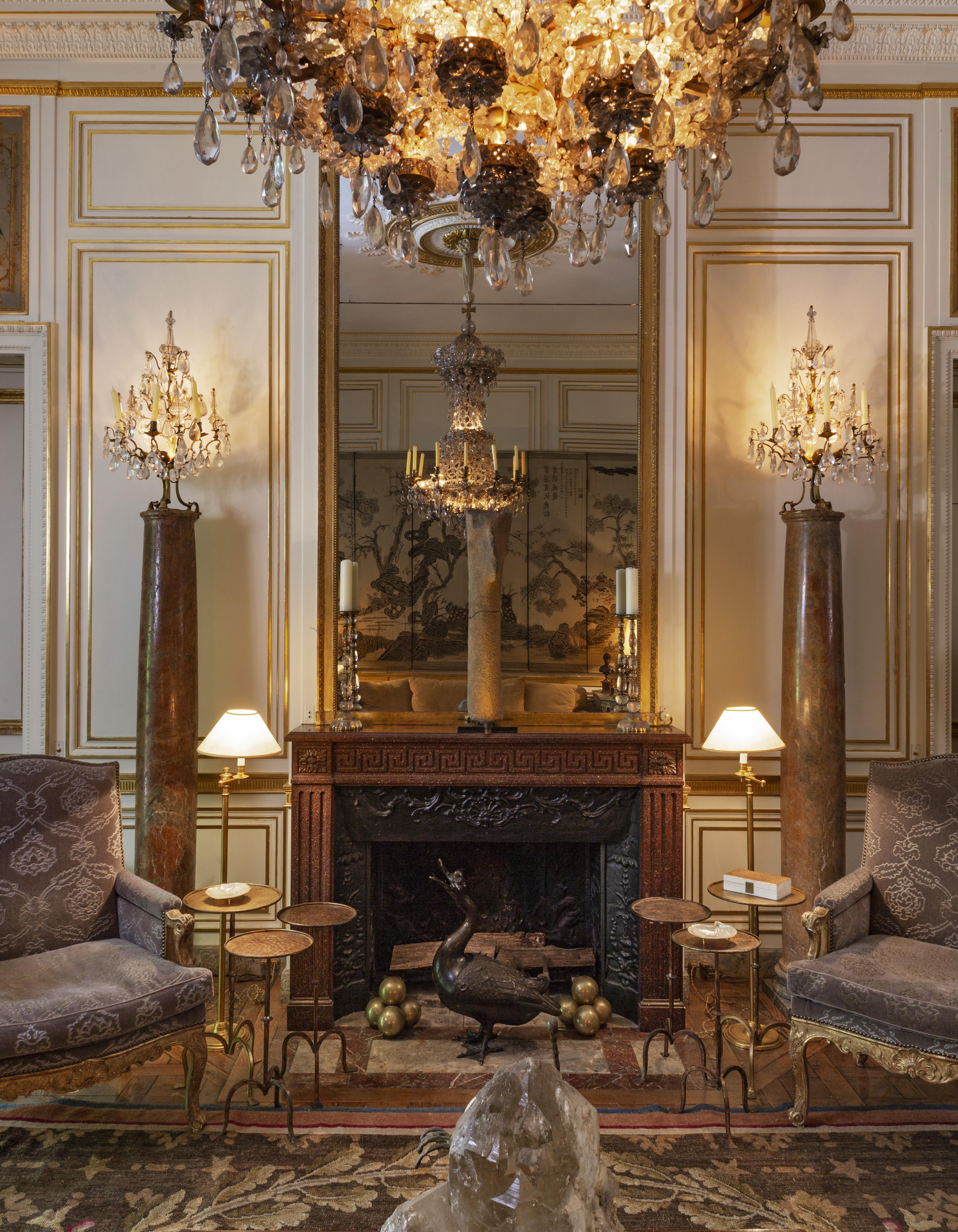 Binnenkijken in het voormalige Parijse appartement van Pierre Bergé