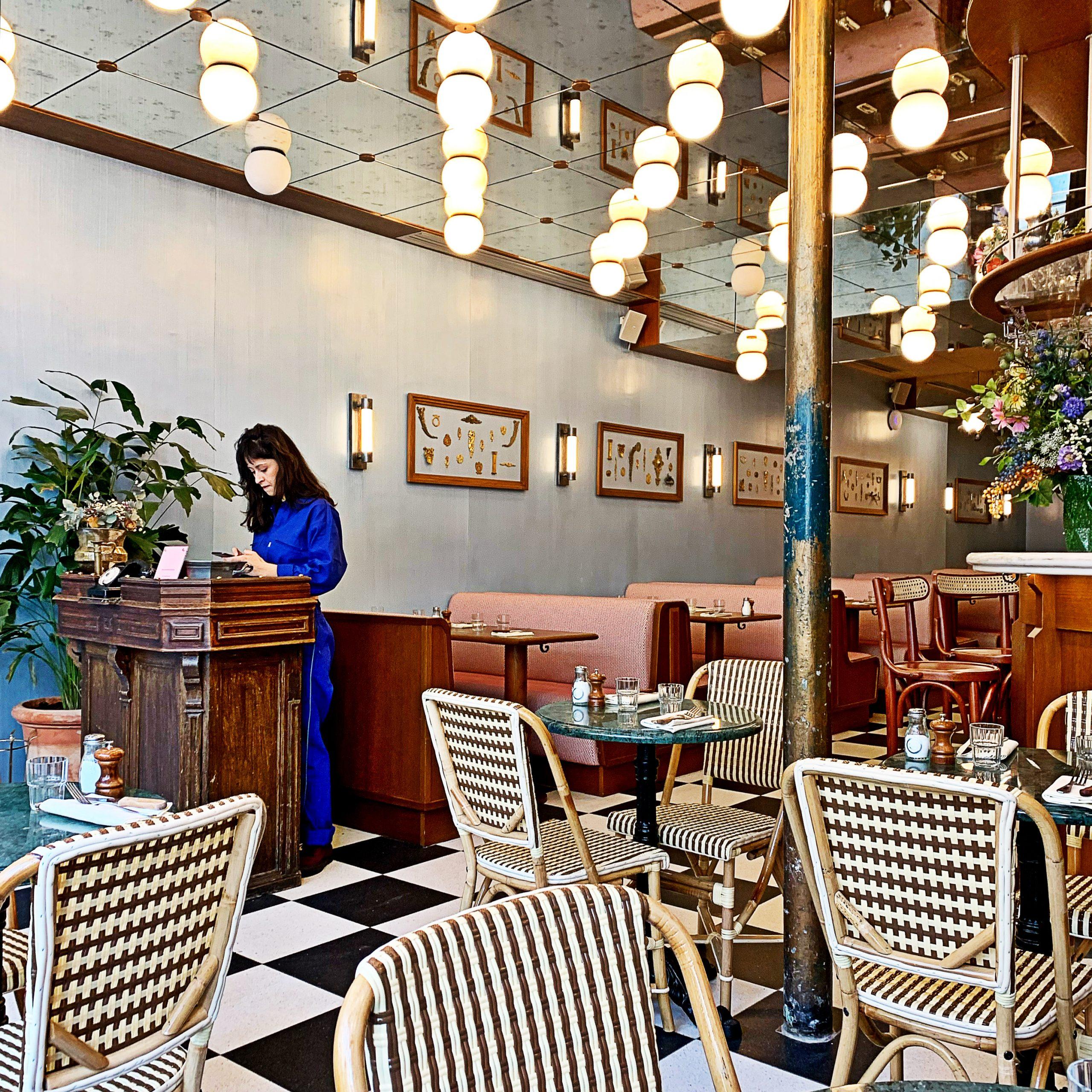 Nieuwe Parijse Brasserie Rosie serveert betaalbare, klassieke Franse keuken