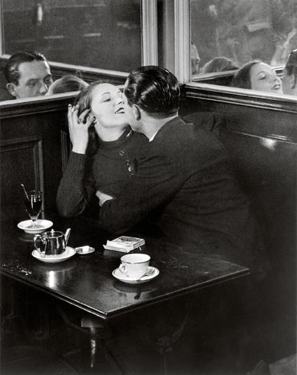 Brassaï, de man die in de jaren dertig de Parijse bohemiens fotografeerde